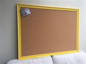 'Mister David' Super Size Cork Pin Board w. Traditional Frame