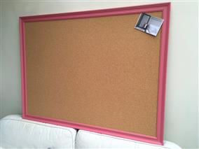 'Carmine' Super Size Cork Pin Board w. Traditional Frame