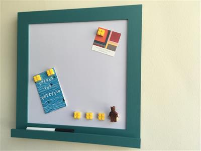 'Vardo' Small Magnetic Whiteboard w. Shelf